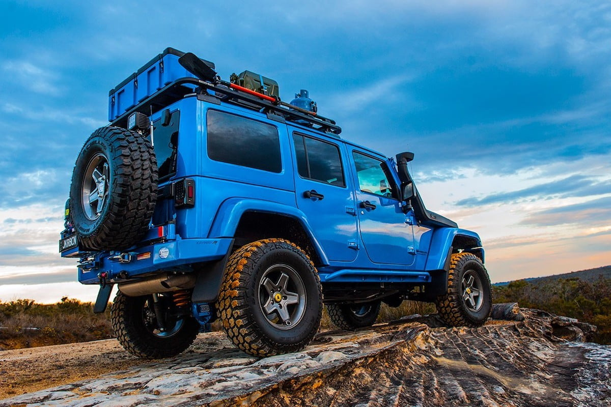 Jeep.Backbone.Blue.jpg